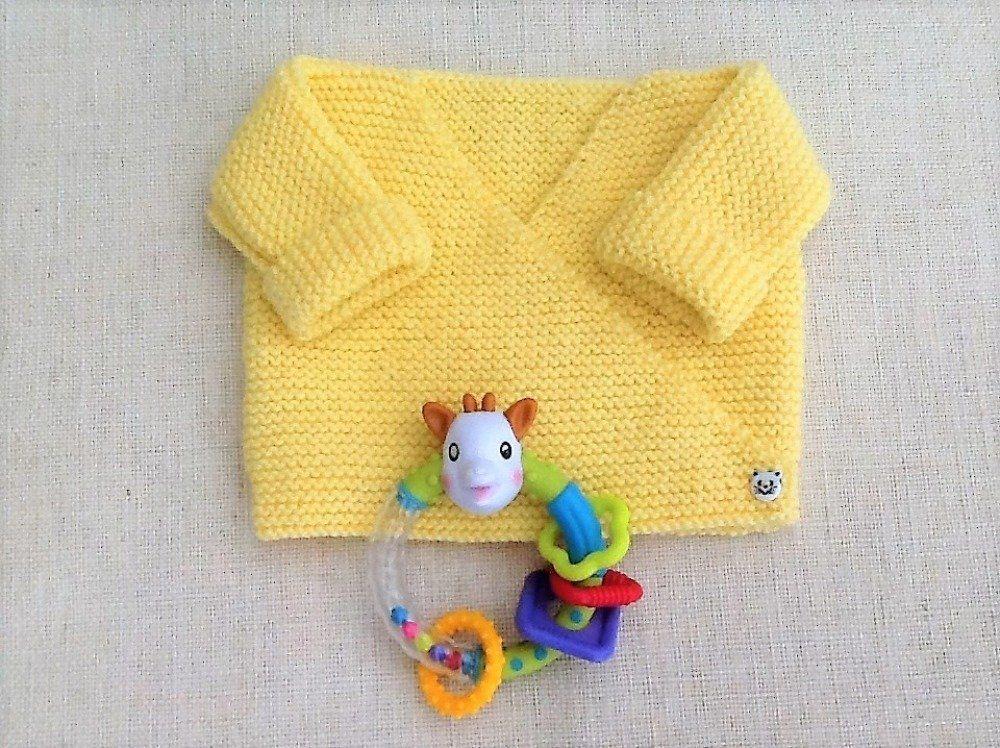 6c7487f882b4b Brassière gilet cache-coeur bébé tricot laine layette cadeau naissance - Un  grand marché