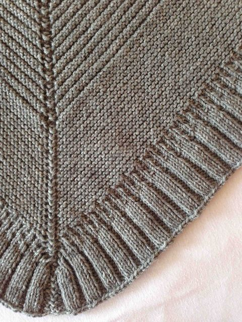 Chevron Shawlette pattern by Tia Stockton