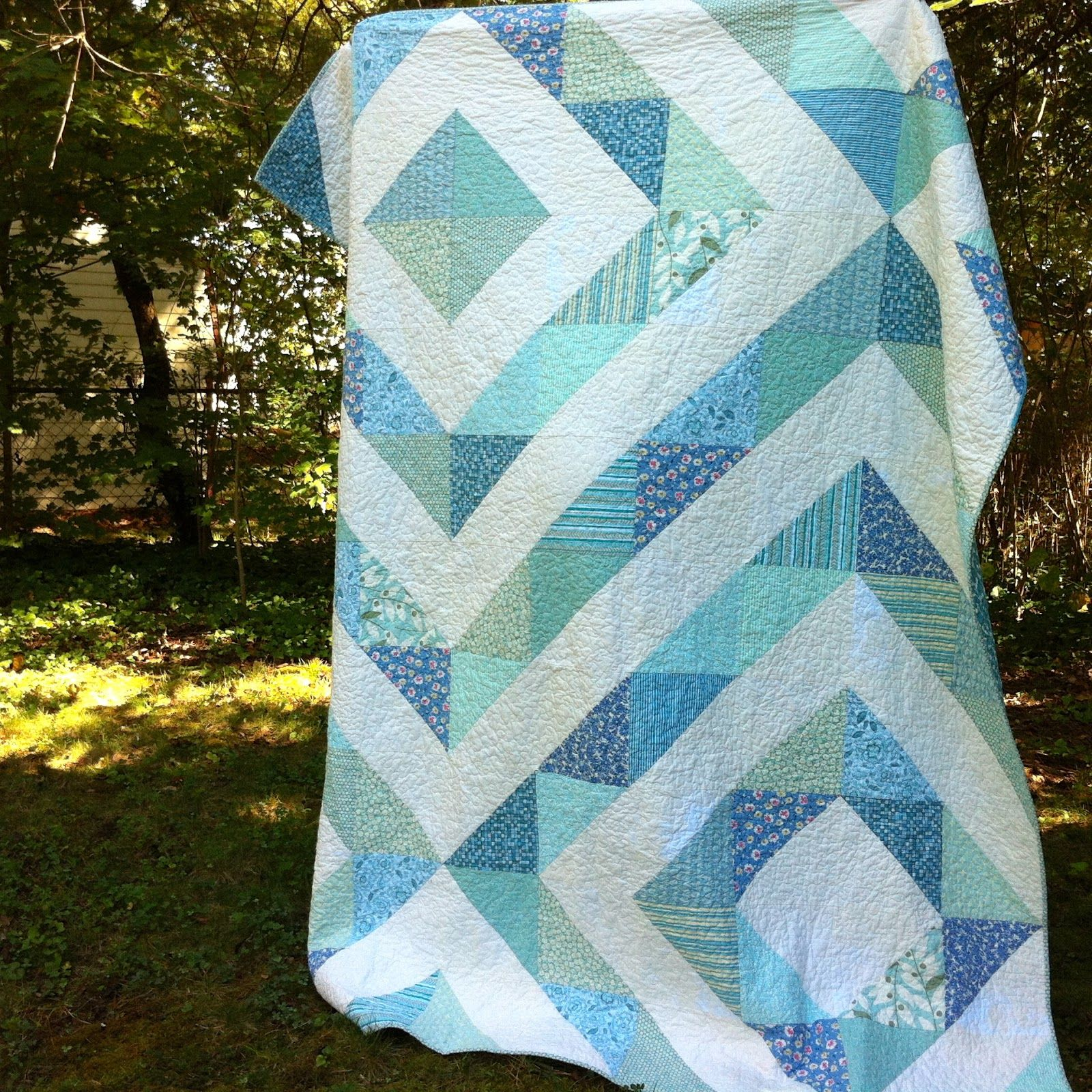 Prismatic Quilt, on Salty Oat blog, pattern from Little Bits Quilting Bee by Kathreen Ricketson