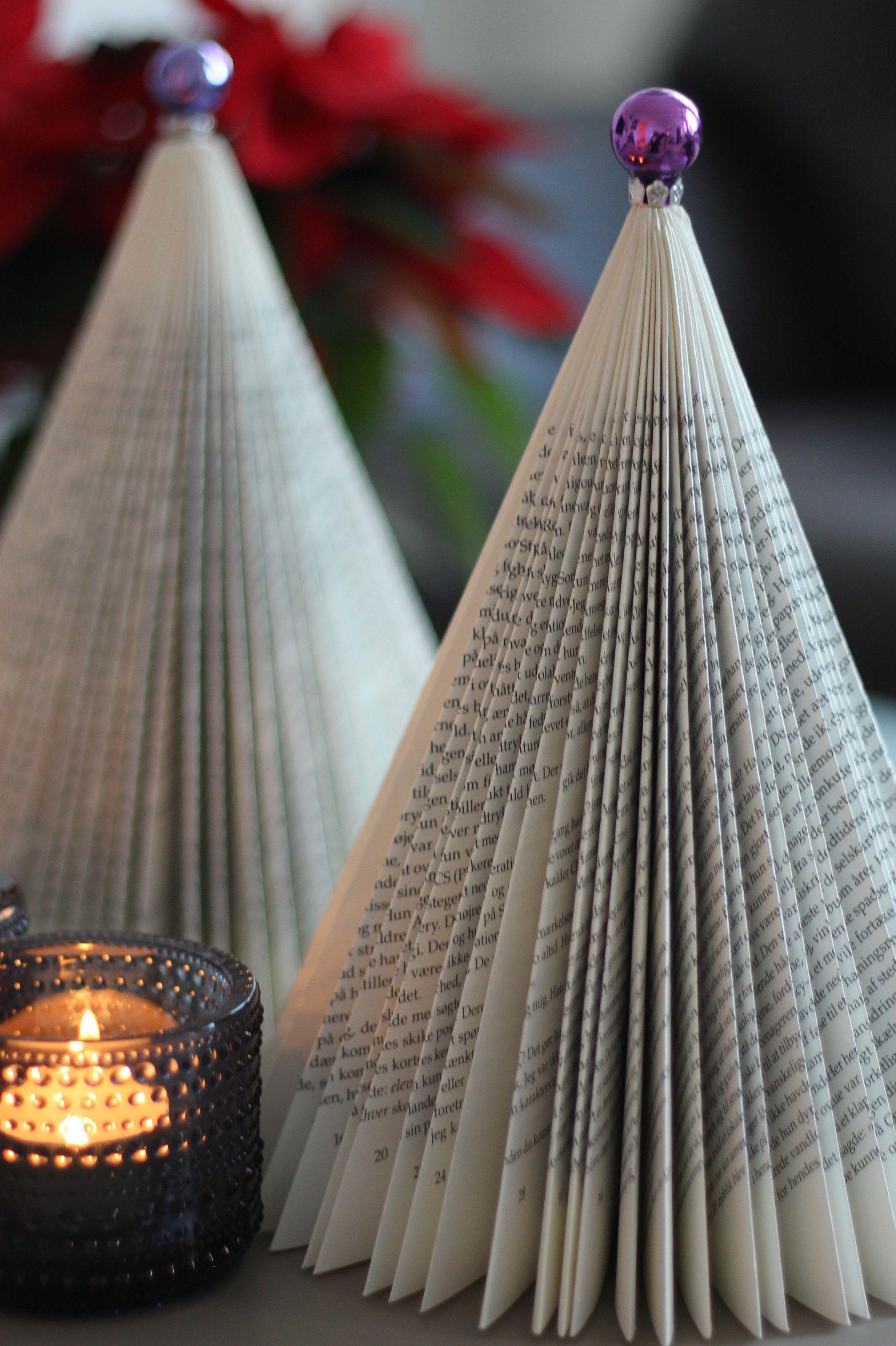 DIY: Juletræer af gamle bøger -