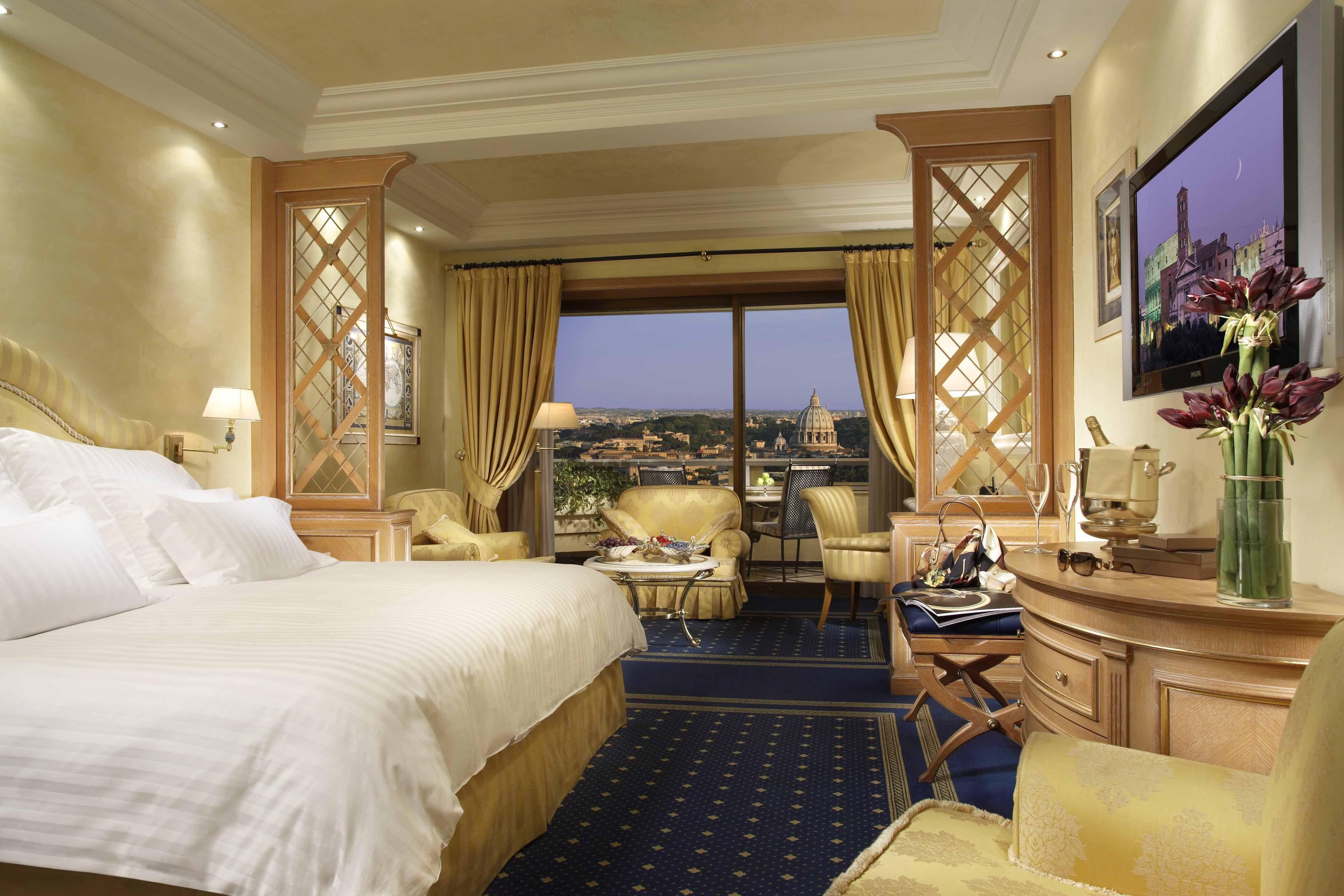 WaldorfAstoria Rome Italy honeymoon honeymoon suite romantic