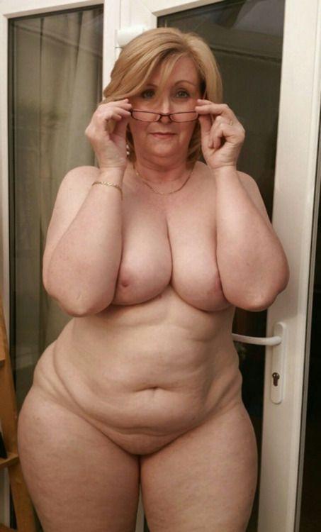 Erotic nude bodypainting