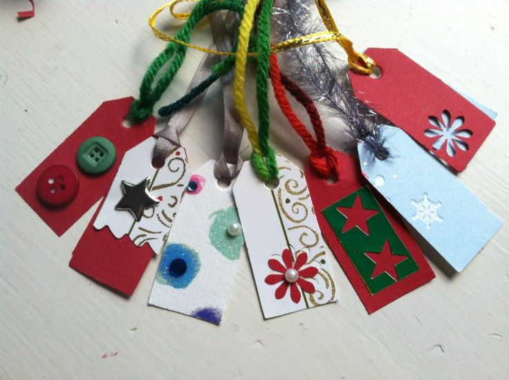 Make it yourself upcycle old christmas cards into gift tags craft make it yourself upcycle old christmas cards into gift tags solutioingenieria Images