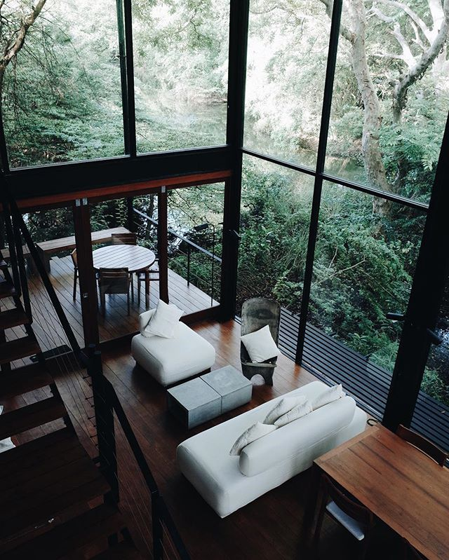 The perfect jungle hideaway from heavy sri lankan rain elsewhere home design interior also rh pinterest