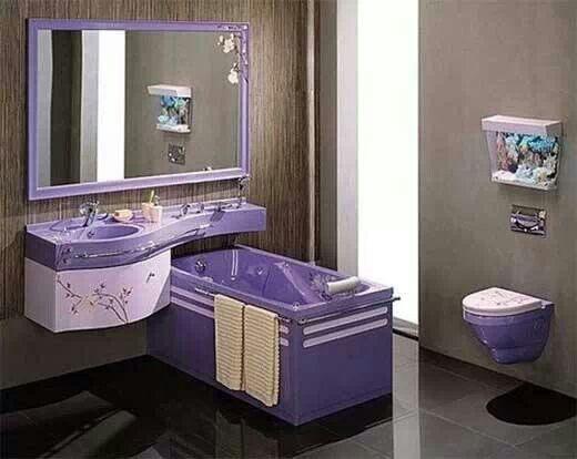 Pin By Teresa Langston On I Love Purple Purple Bathrooms Girl Bathroom Decor Amazing Bathrooms