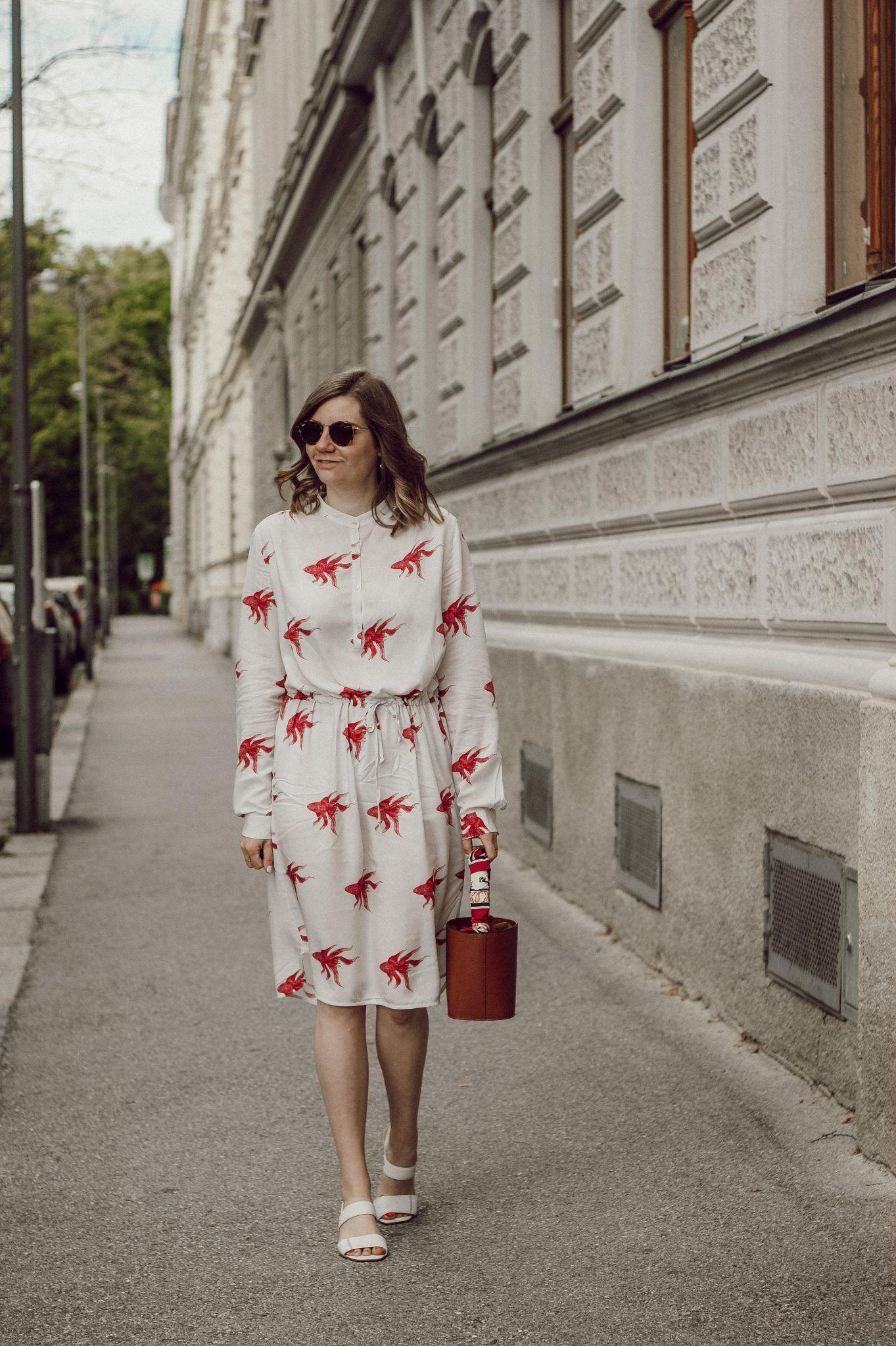 So lassen sich luftig leichte Sommerkleider mit Print