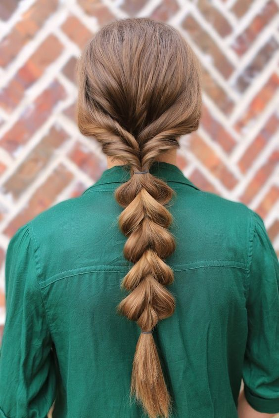Cute Ponytail Hairstyles For Short Hair #hairstyle #girlhairstyles