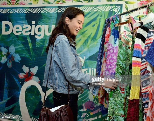Actress Courtney Eaton attends Kari Feinstein's Music Festival Style Lounge at…