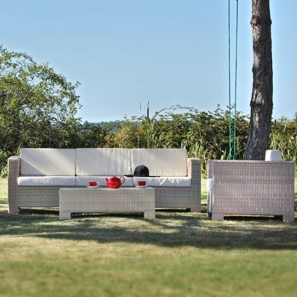 Salon de jardin tressé Portofino Sable #soleil #fauteuil #salon #outdoor #garden #folding #chair #sunbath #jardin #détente #mobilier de #jardin #extérieur #piscine #piscine #desjoyauxpools