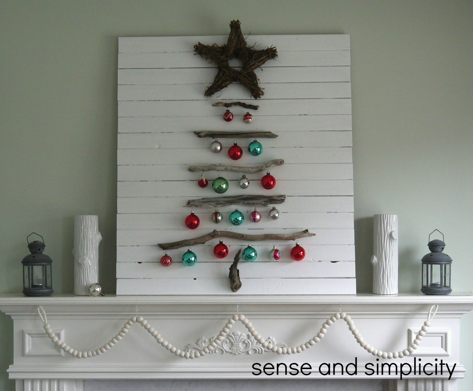 Sense and Simplicity: Christmas Mantel -- Isn\'t this a fabulous ...
