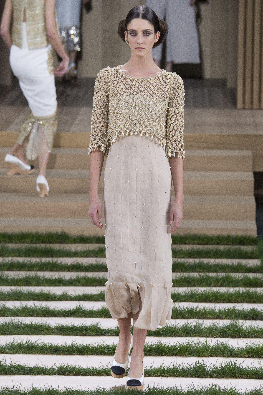 Chanel Spring 2016 Couture Fashion Show - Cris Herrmann (Next)