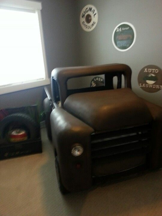 Truck Bed Bedroom: Muscle Car Bed #MuscleCars #LoveOnlineToday.com