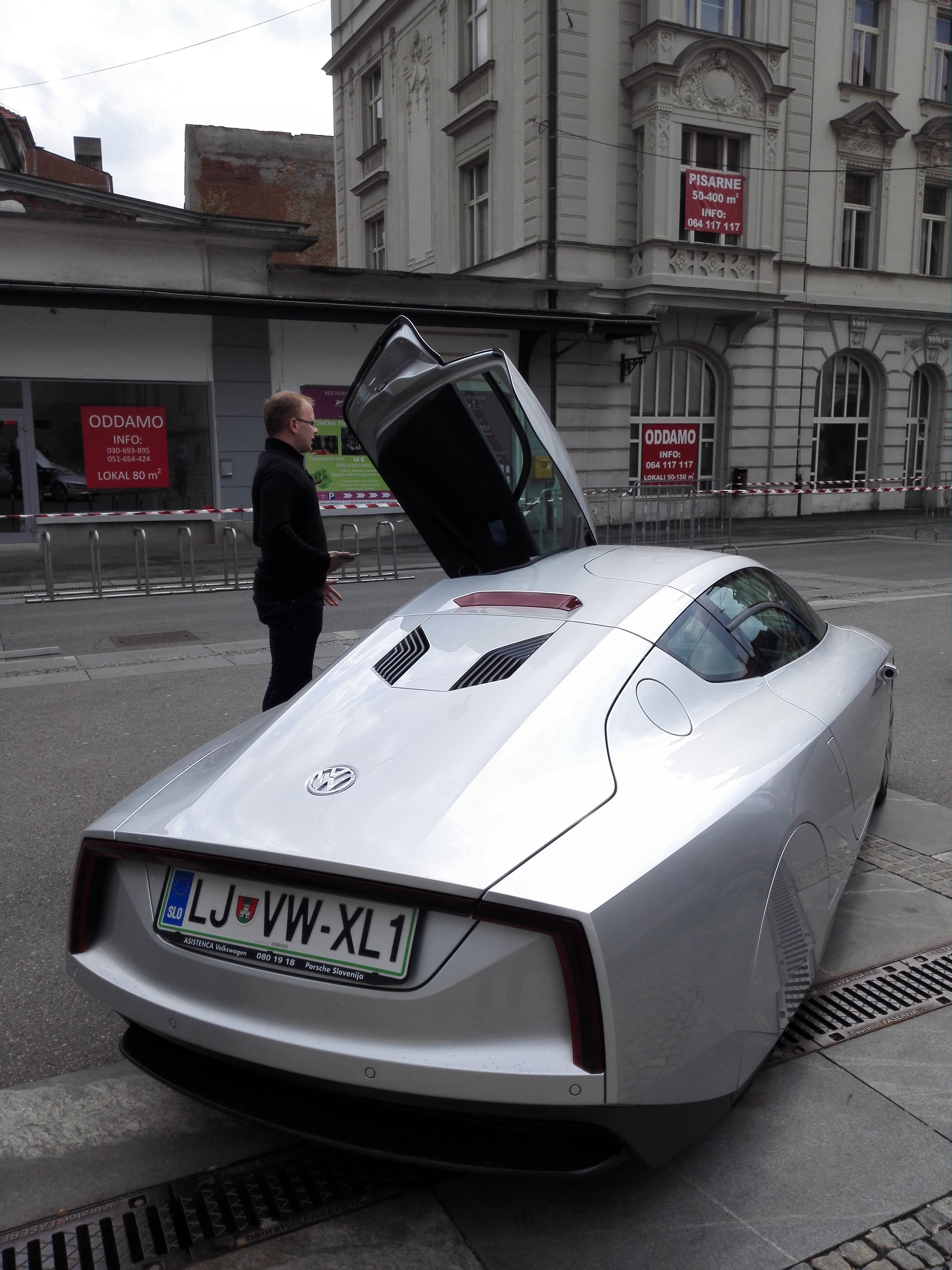 Volkswagen XL1 - PRICE: 105.000 EUR | VW XL1 - 1 litre car ...
