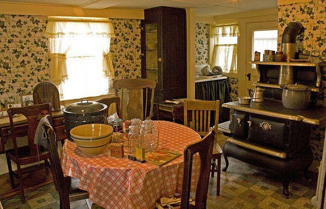 1940s Kitchen, Vintage Home Decor