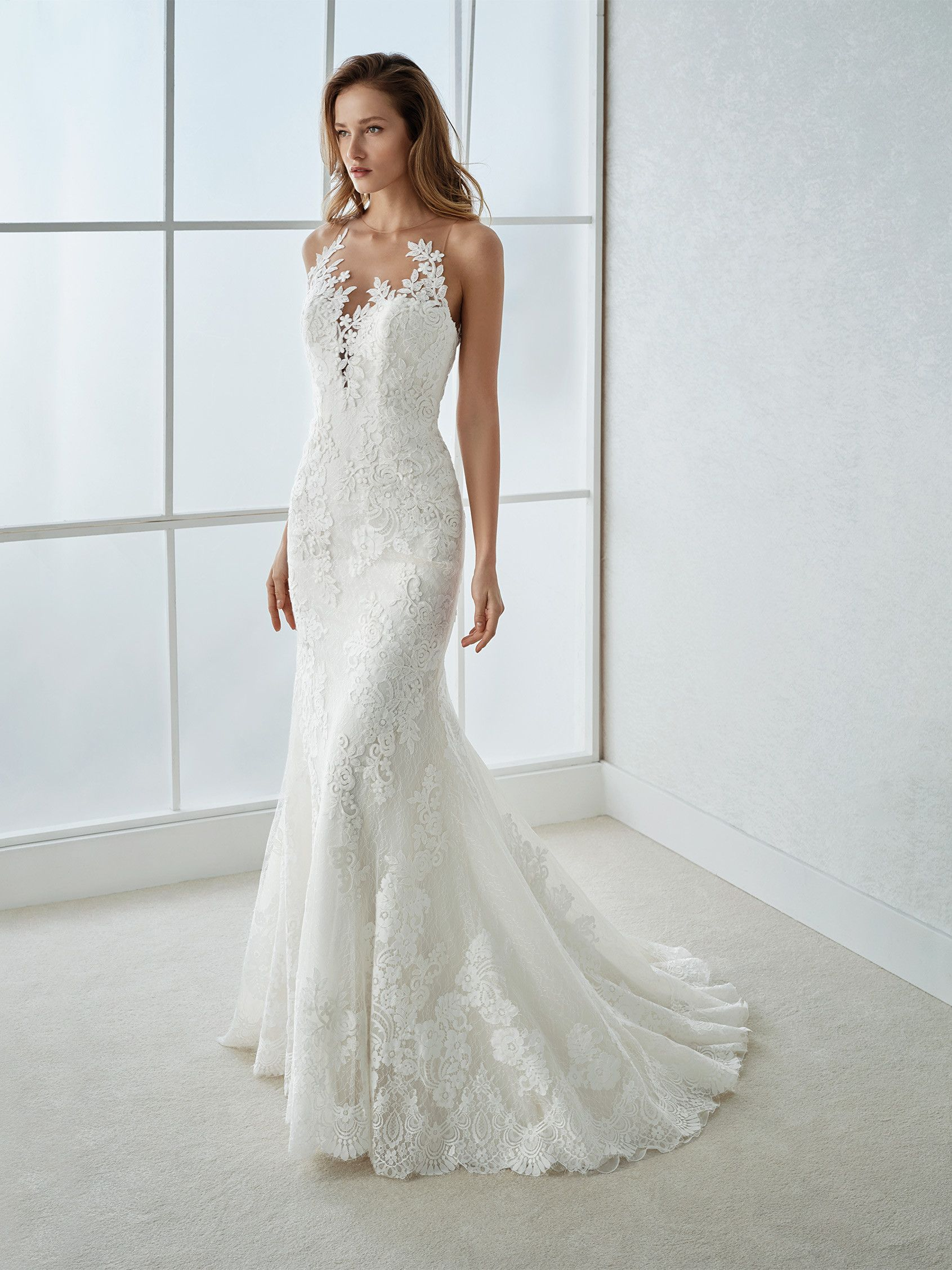 White One collection 2018 Style FAITH Mermaid gown in Tulle and lace. An  original low waist design with an illusion neckline that plays with the  almost ... 7db434ceab