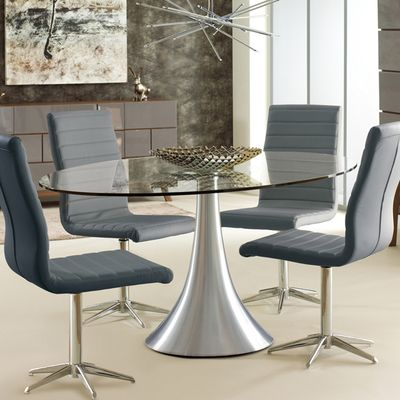 Take A Look To Some Glass Dining Tables And Get Inspired To Improve Your Dining Room Decorati Oval Glass Dining Table Glass Dining Table Glamourous Dining Room