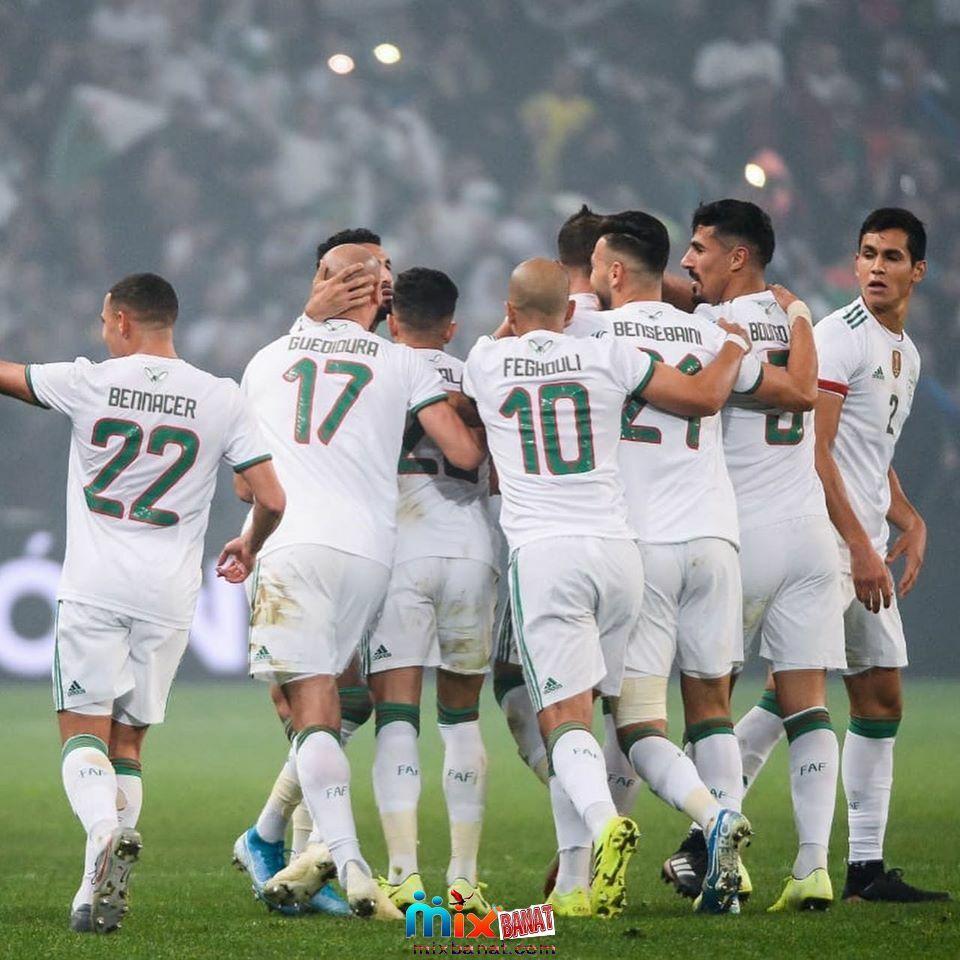 موعد مباراة الجزائر وبوتسوانا والقنوات الناقلة اليوم في تصفيات كأس أمم أفريقيا Couple Photos Bono Scenes