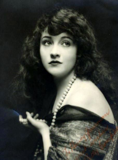 Silent film actress and independent producer Betty Compson (1897-1974).