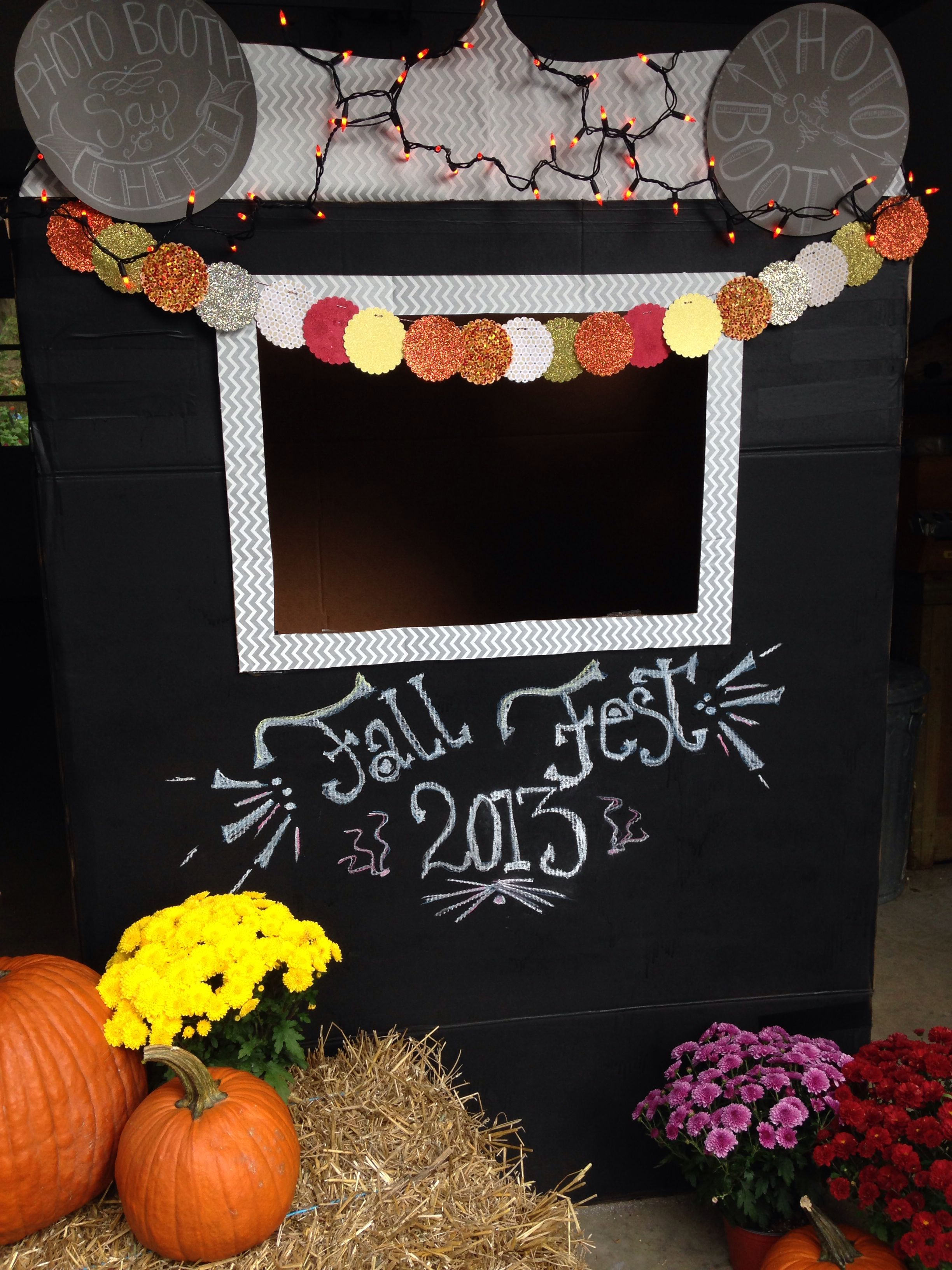 Photo booth | Holiday and Fall Fest Craft | Fall photo ...