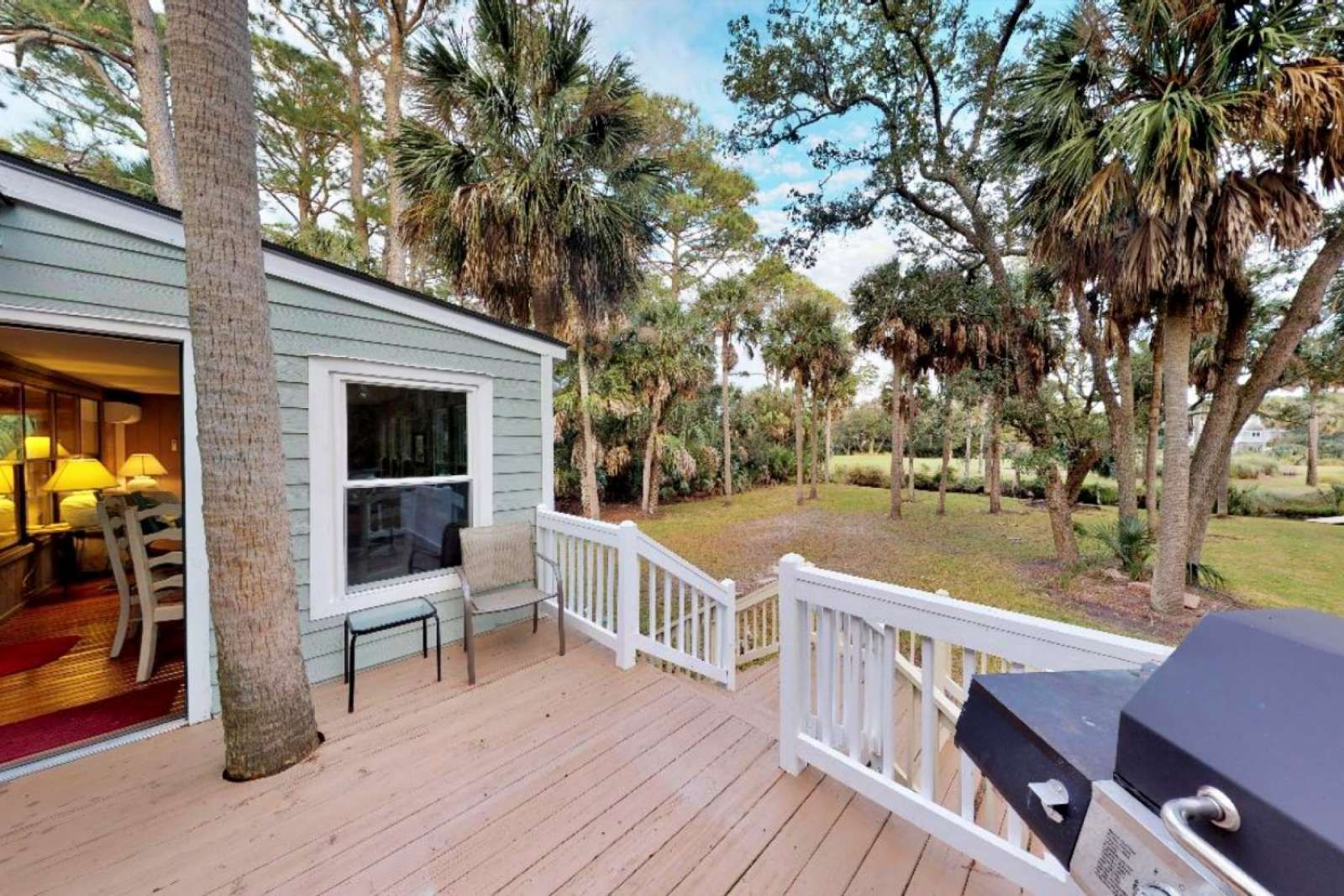 Saint Helena Island Vacation Rental New Listing Private 5 Bd Family Home 5 Mins To The Beach Sleeps 11 Golf Course Views 6 Bicycles In 2020 Island Vacation Rentals