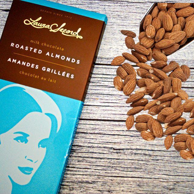 What do you think of our roasted almonds chocolate bar ?! Que pensez-vous de notre chocolat aux amandes grillées?! #laurasecord #yummy #delicious #almonds