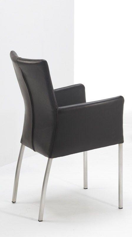 Pisa stol med armlæn - Pisa spisestuestol i sort bøffellæder. Stolen har armlæn for ekstra komfort.