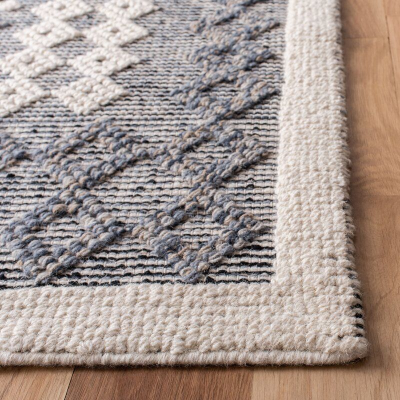 Pin By Mriley On Rugs In Living Room In 2021 Area Rugs Cream Area Rug Flat Weave