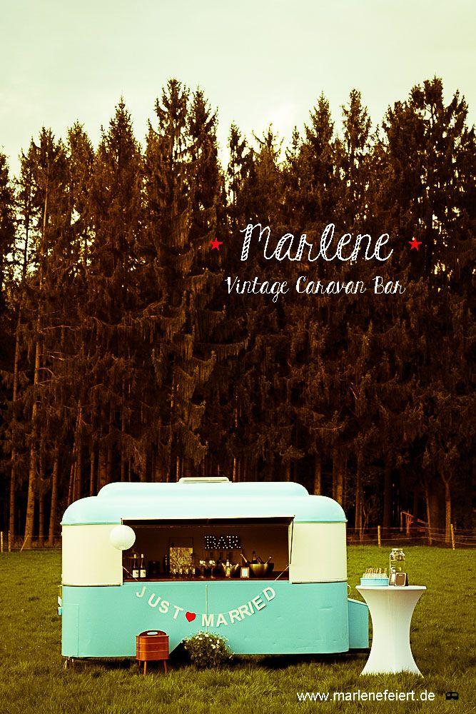 Marlene Vintage Caravan Bar #just_married #caravan_bar #wood_wedding #cocktailparty