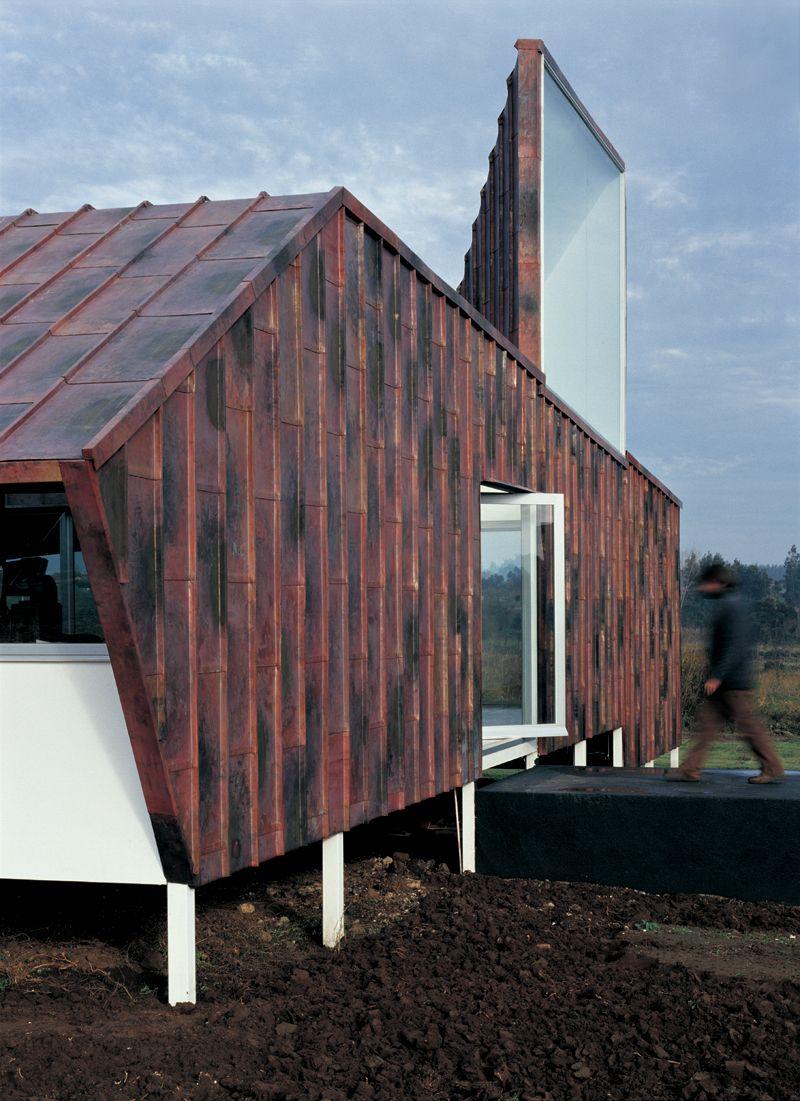 Copper house exterior, architects: Constructora Covasa Ltda. #metals