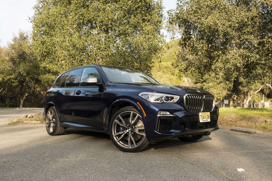 2020 Bmw X5 M50i Review Stuck In The Middle In 2020 Bmw Bmw X5 Stuck In The Middle
