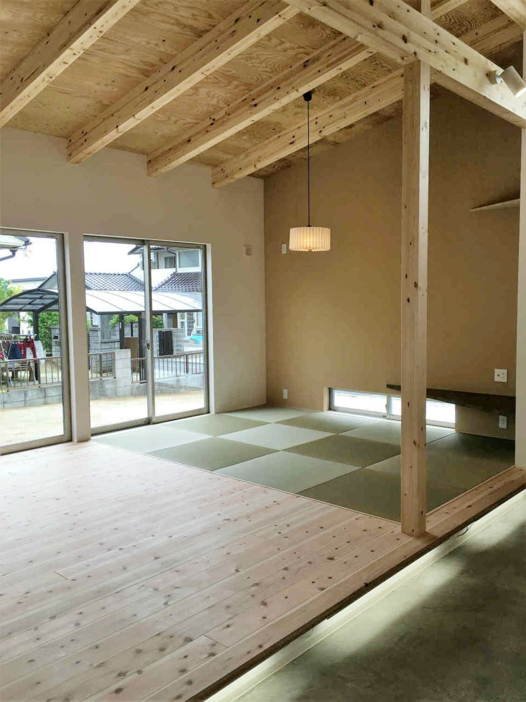 平屋で勾配天井にすることで 畳数以上に広く感じることができます