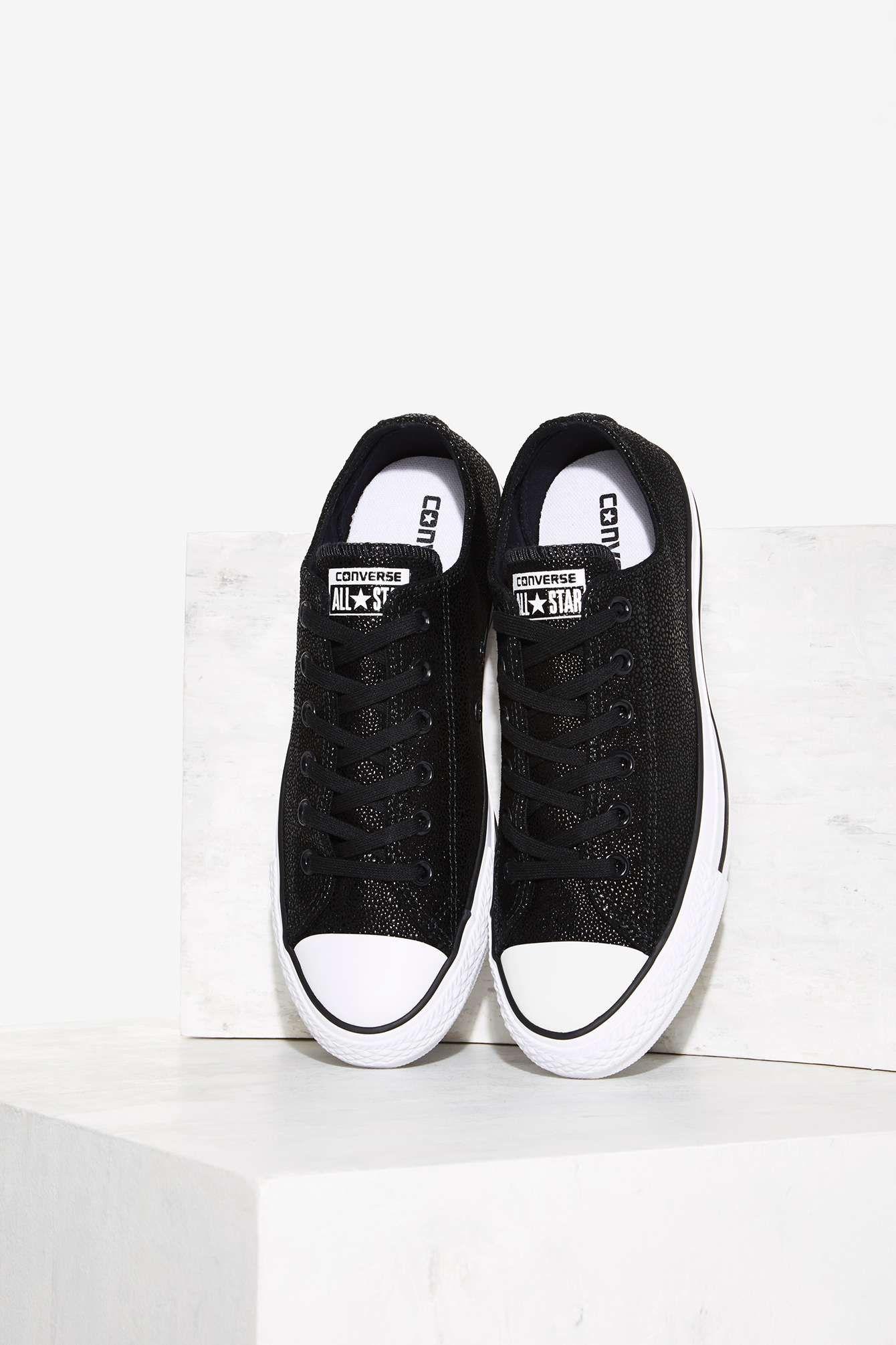 535d699de2dc Converse Chuck Taylor All Star Stingray Leather Sneaker