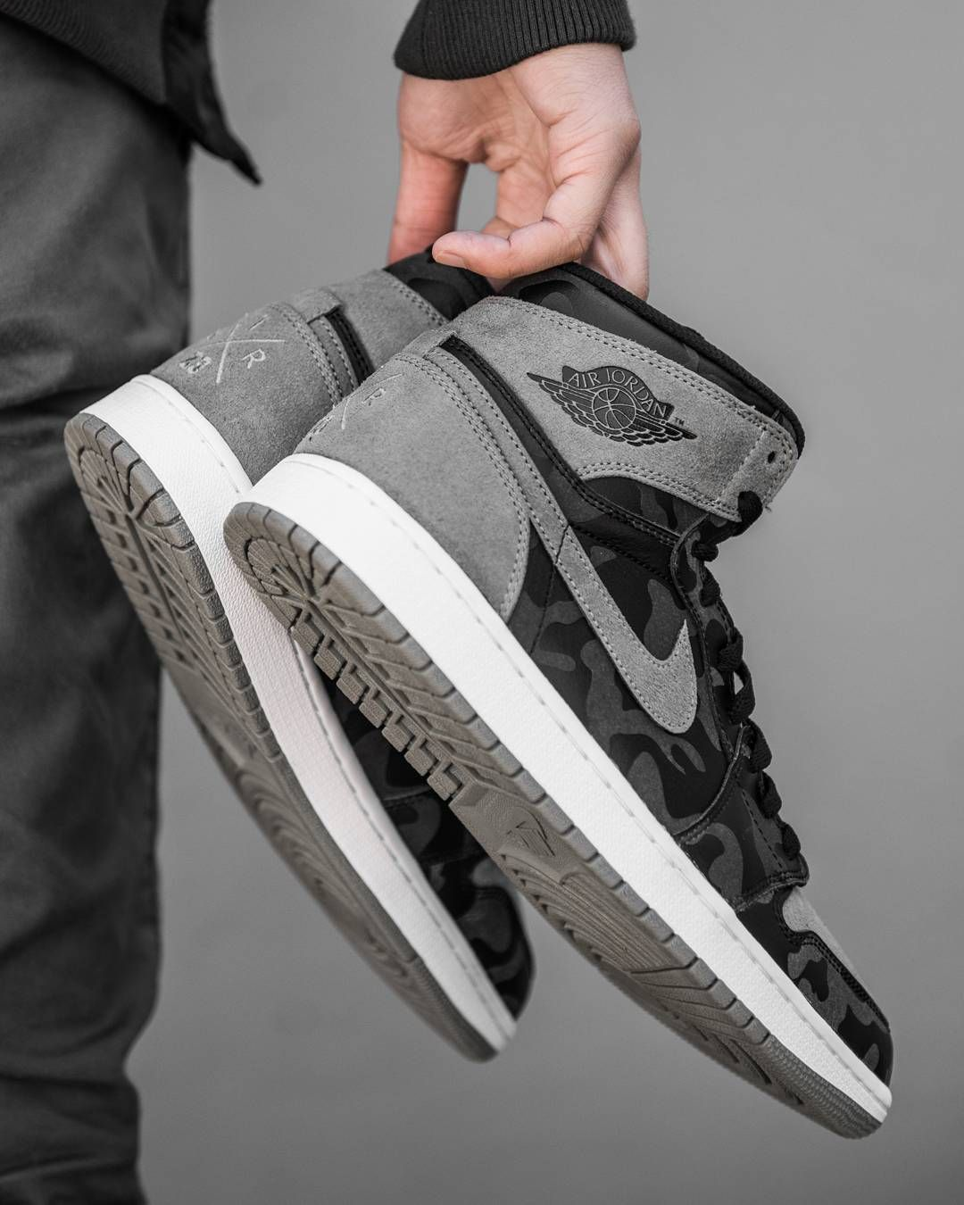 new products 4220f 3148c Air Jordan 1 Retro High Premium