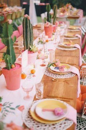 Verrassende Tafeldecoratie Voor Communie Of Lentefeest Libelle Tafeldecoratie Feest Tafels Cactus Bruiloft