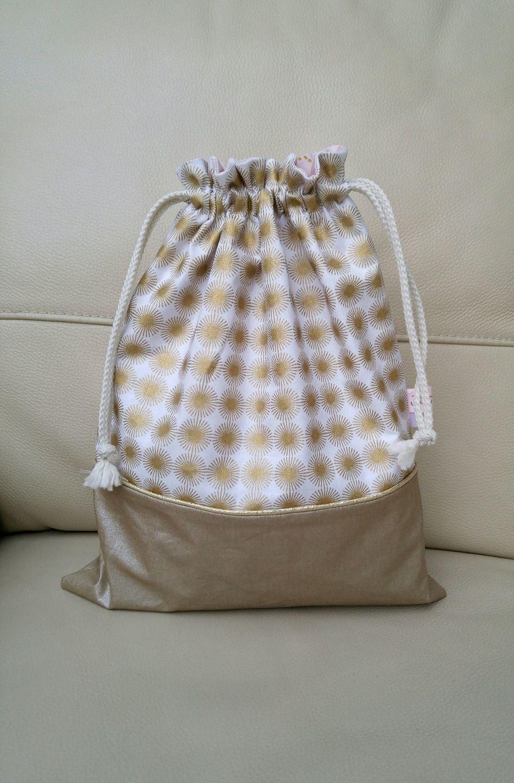 Sac pochon lingerie chaussons tissu cr ateur rico design for Sac rangement couture