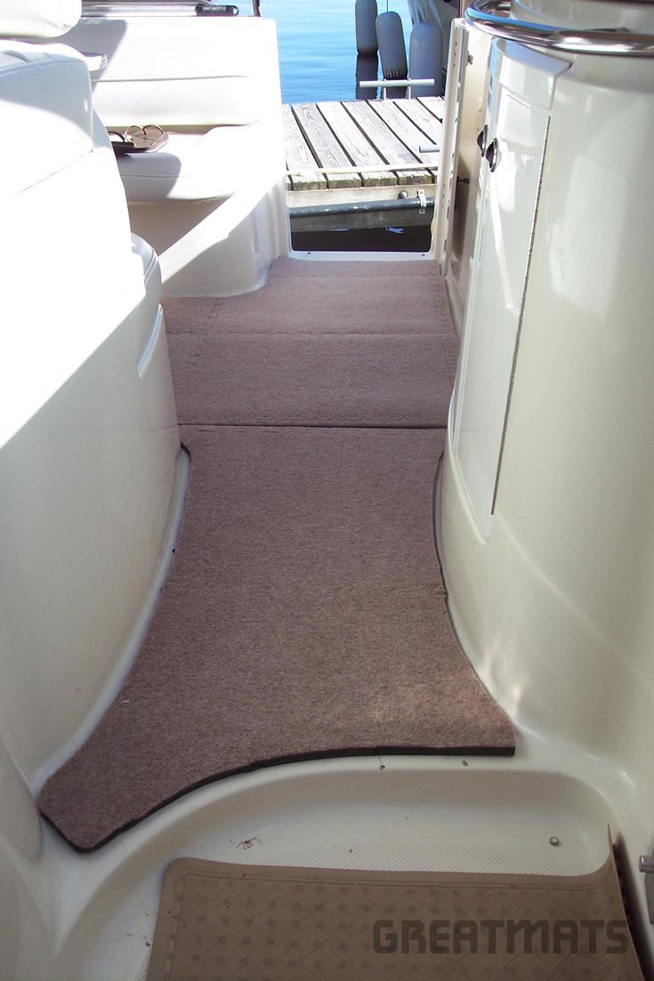 Royal interlocking carpet tiles on boat deck see photos they are perfect and easy to stand on eugene fort ann ny