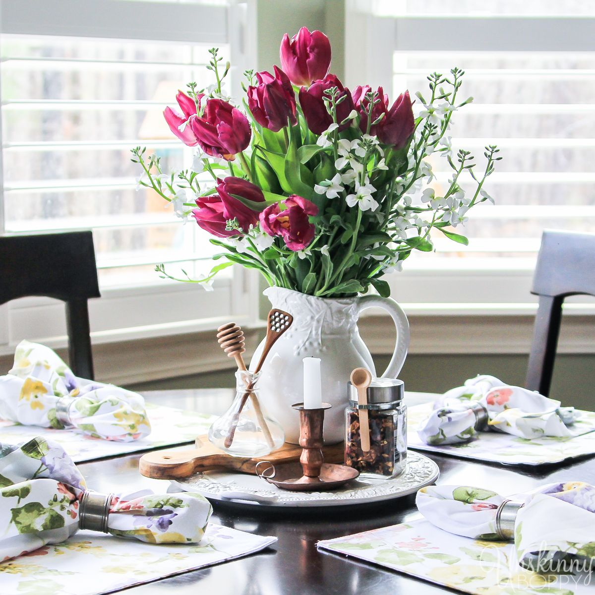 Kitchen Table Decor Ideas: Cynthia Rowley Square Floral Placemats On A Breakfast