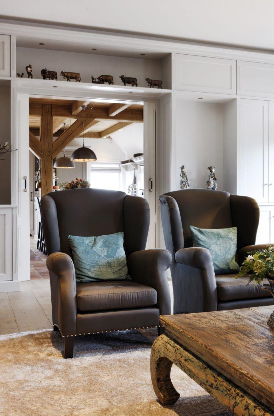 Design fauteuils in landelijk interieur | woonkamer ideeën ...