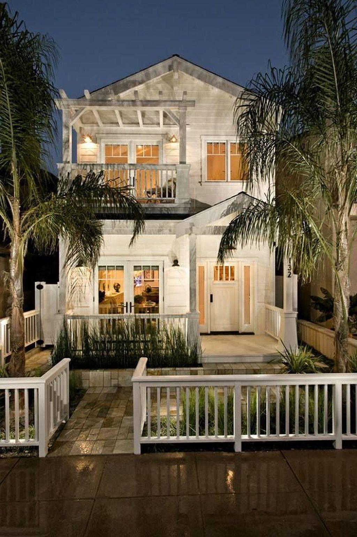 27 Tiny House Hacks Modern And Larger Look Dream Beach Houses Beach House Interior Beach Cottage Style