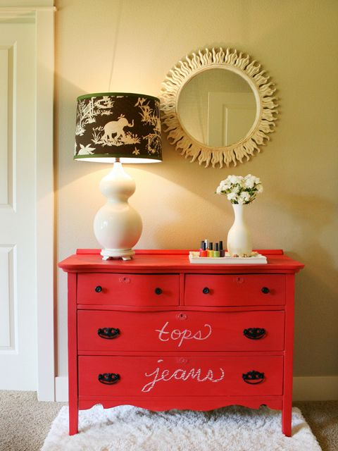 DIY Project: How to Revamp Your Old Dresser | Black chalk paint ...