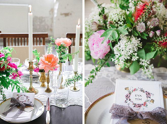 Hochzeitsfoto Von Tischdekoration Mit Blumen Von Botanic Art Und