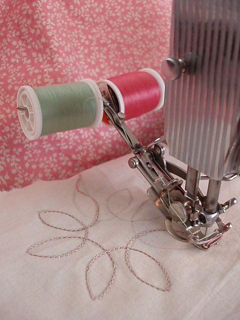 singer two thread embroidery attachment 35505 conseils pratiques pinterest coudre. Black Bedroom Furniture Sets. Home Design Ideas