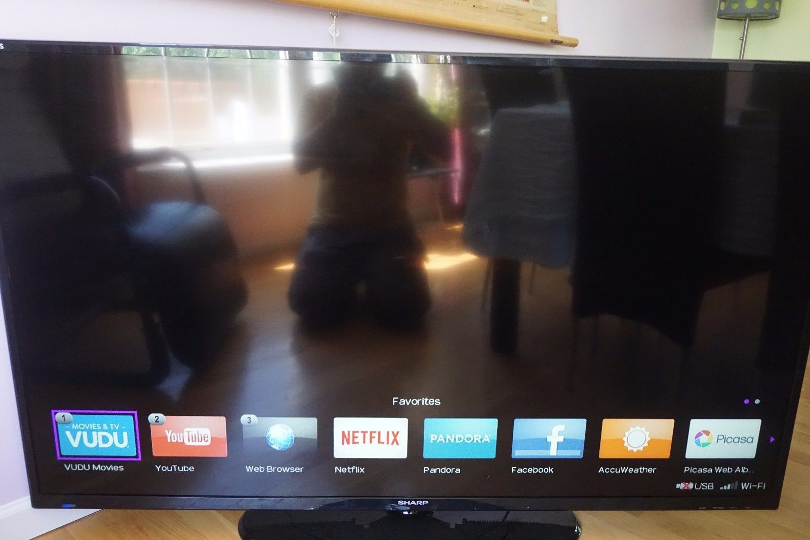 Used In Superb Condition Sharp 60 Inch Smart Led Tv Lc 60le644u
