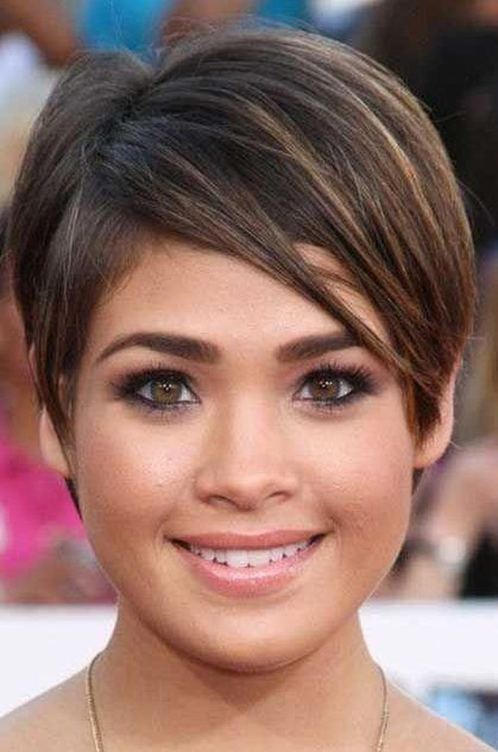 40 adorable short hairstyle ideas for women with round