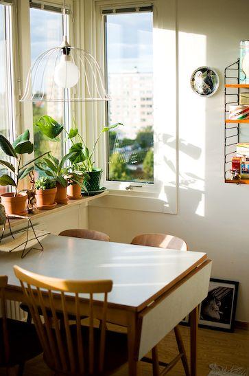 Kleines Esszimmer Mit Weißen Tisch Einrichten | Ideen Für Das Esszimmer