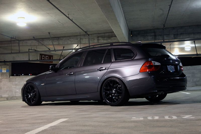 Pic of dark grey E91 Bmw touring, Dark grey, Touring
