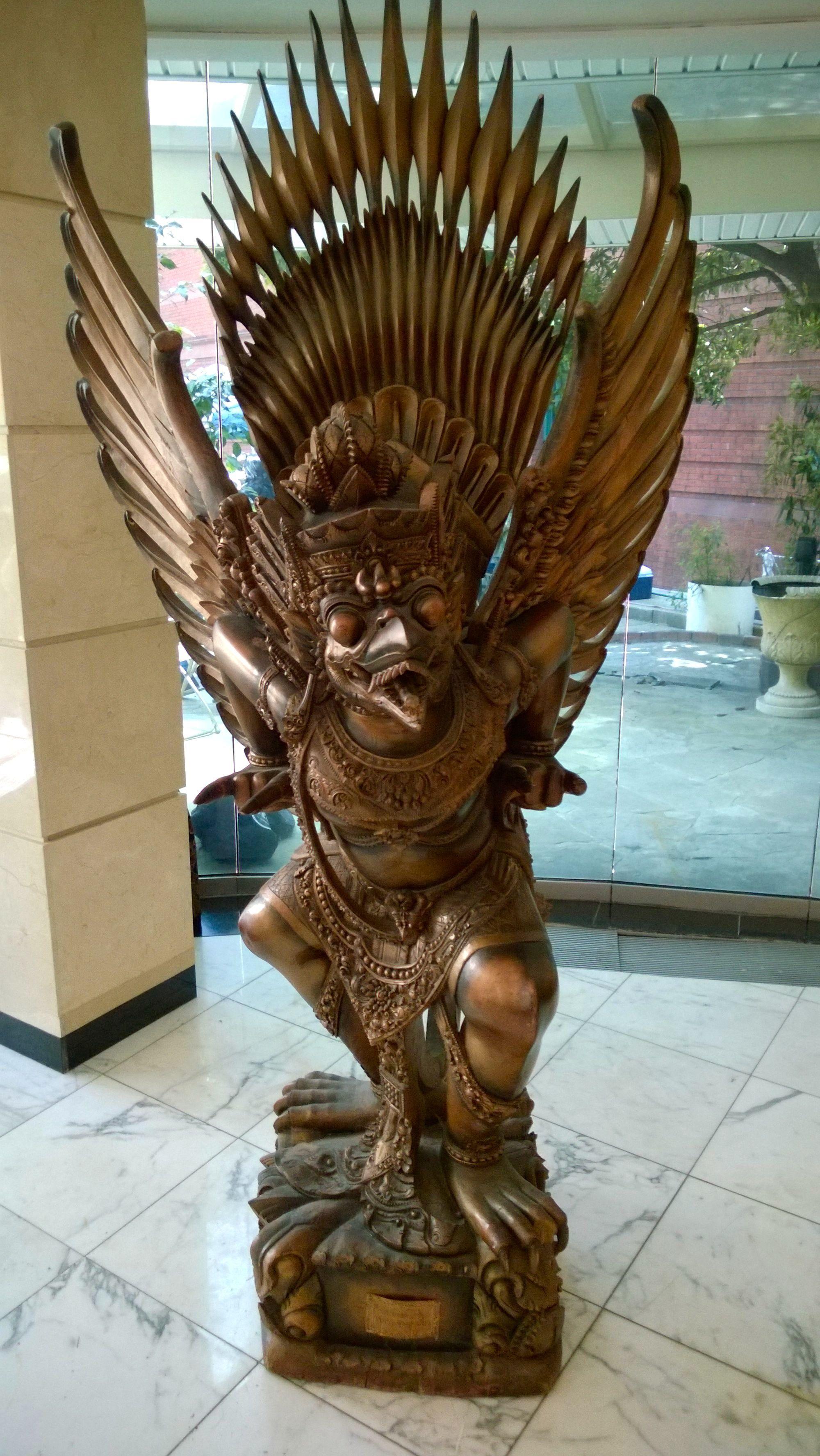 Statue Indonésienne @DCEmbassyTour