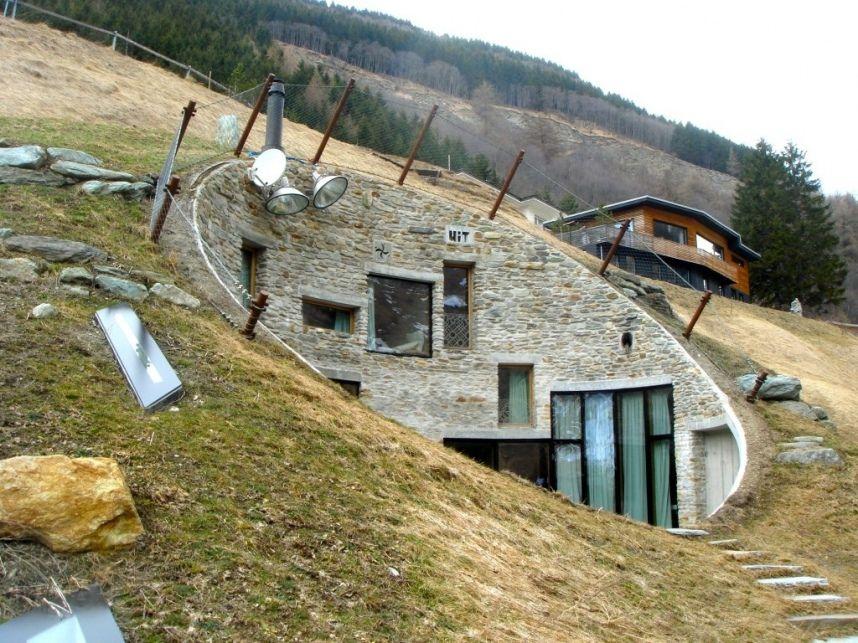 l 39 claireur la maison des hobbits l 39 habitat du futur. Black Bedroom Furniture Sets. Home Design Ideas