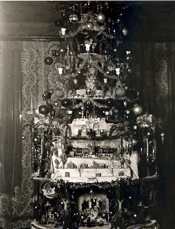 Pin by Dennis D on Victorian Rooms Pinterest Vintage christmas