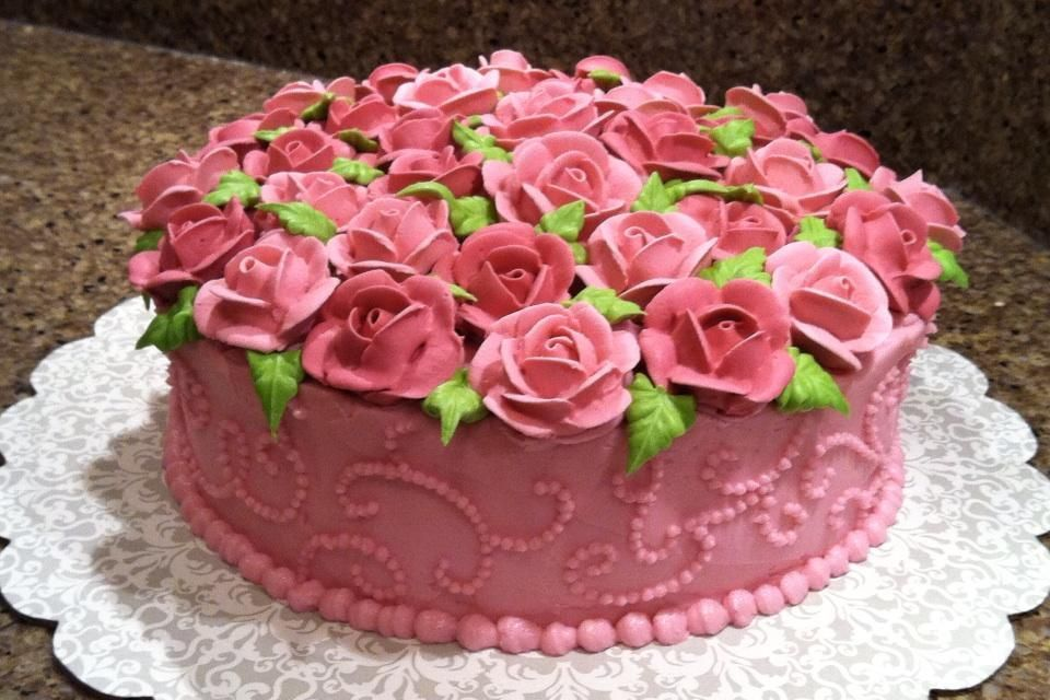 Wilton class project - Rose Cake